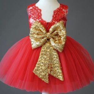 Red princess dress with gold bow